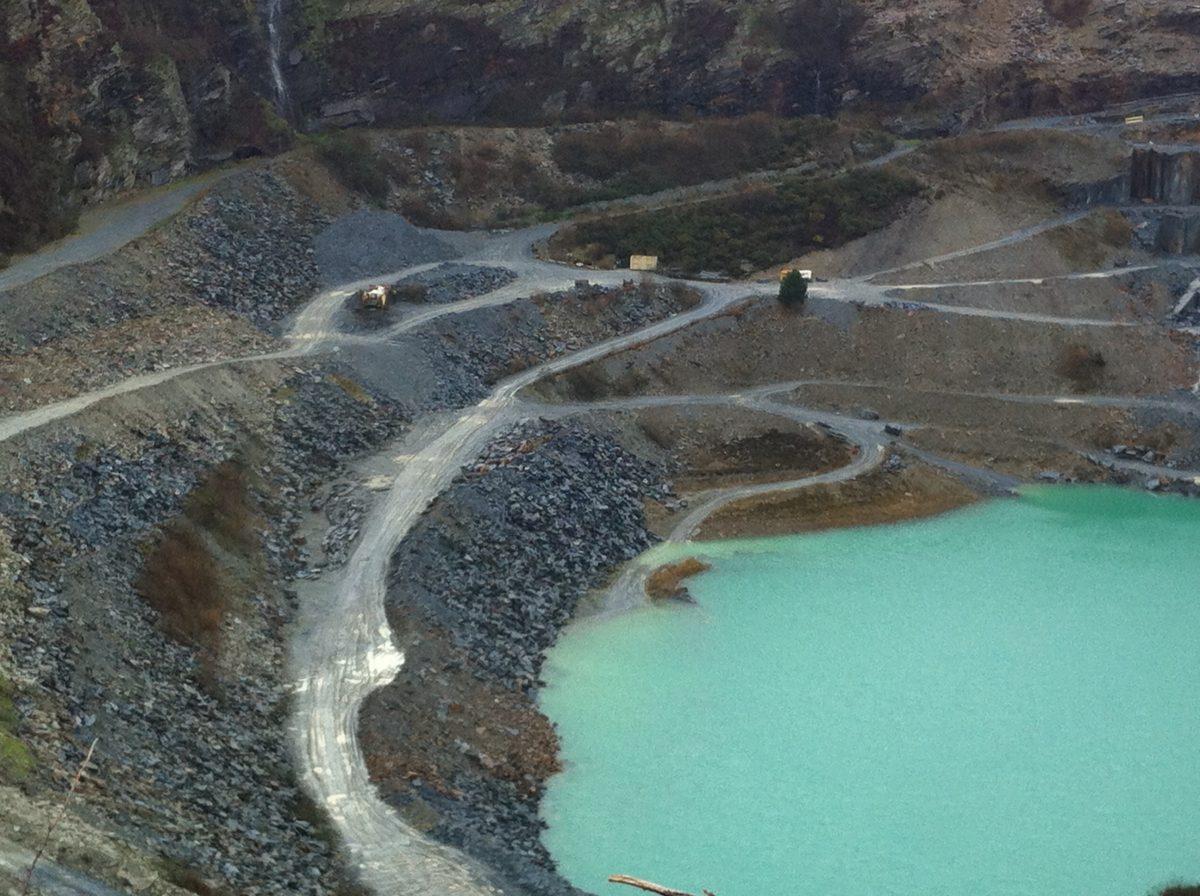 the delabole slate quarry in cornwall